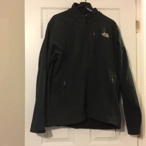 The Northface Men's softshell tnf apex jacket XL